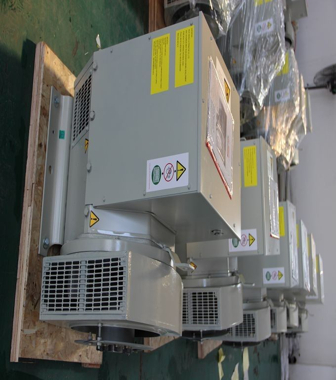 Magnetic Brushless AC Synchronous Generator 112kw / 140kva For Catepillar